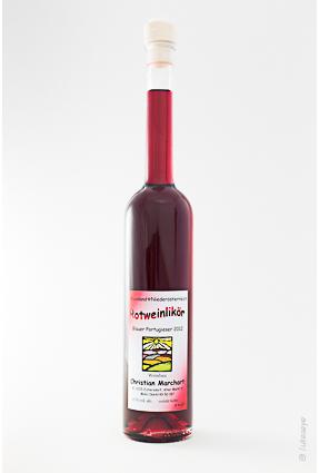 Flasche Rotweinlikoer